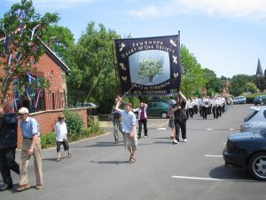 Heart of Oak procession arriving at Wye Leisure